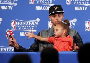 RILEY CURRY (AND HER DAD) ARE GOING TO THE NBA FINALS