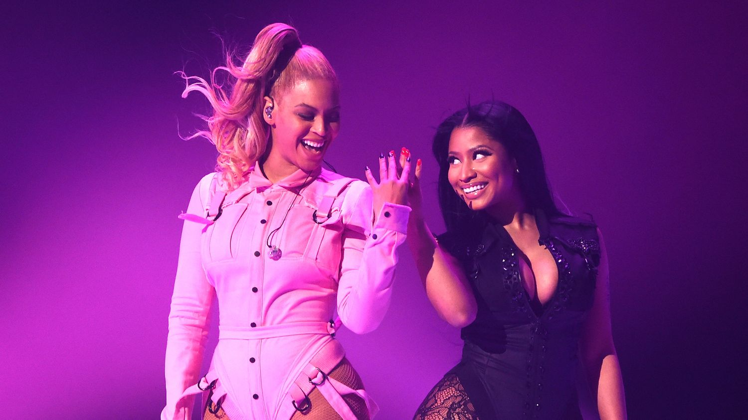 Nicki Minaj And Beyonce Perform 'Feeling Myself' Together For The First Time